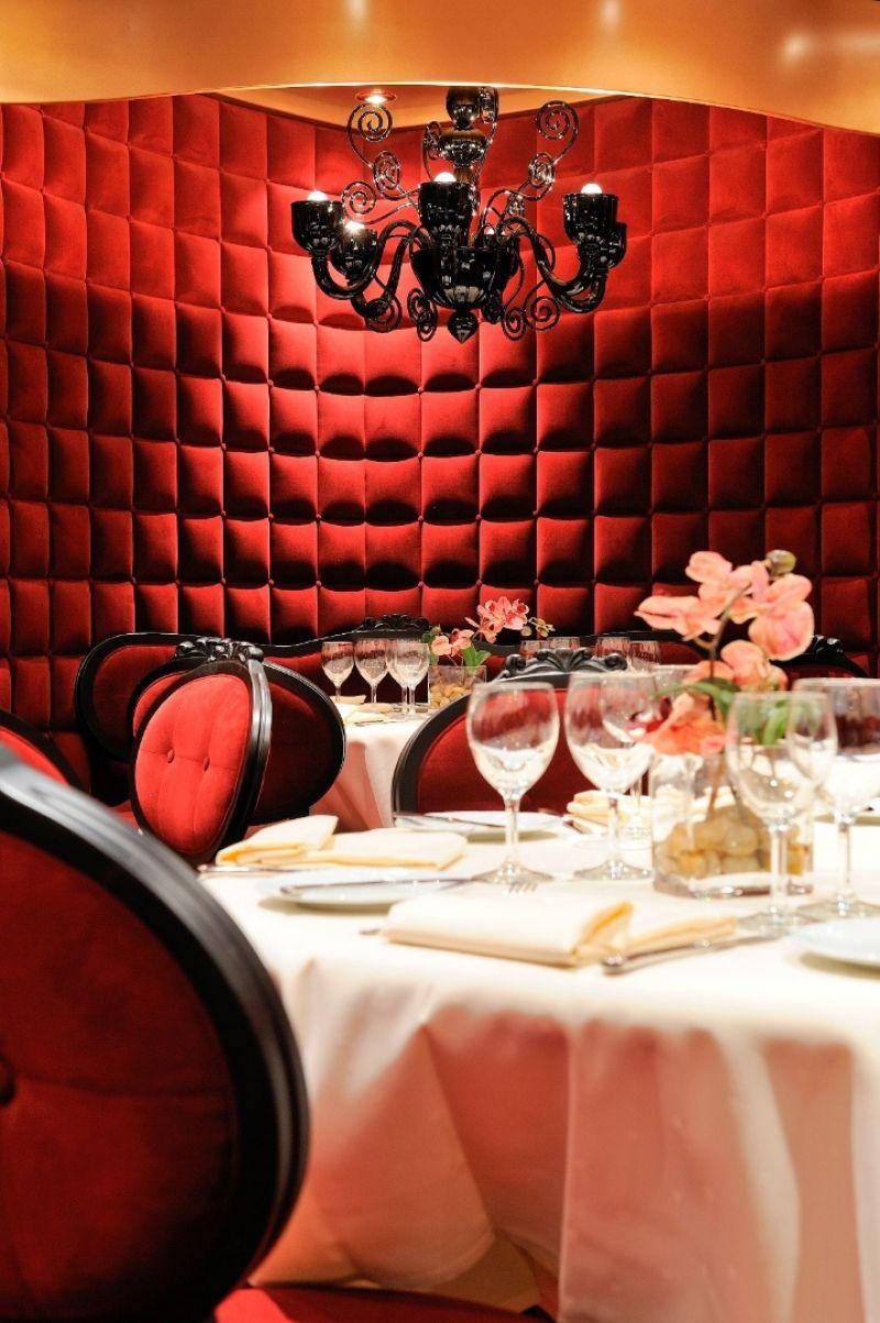 红天鹅绒餐厅