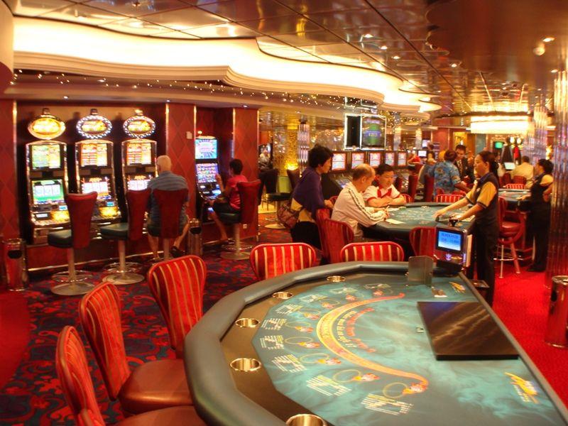oasis of the seas casino poker
