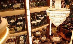 奥帕斯主餐厅