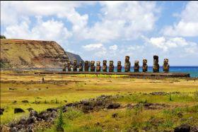 复活节岛 世界上最与世隔绝的岛屿